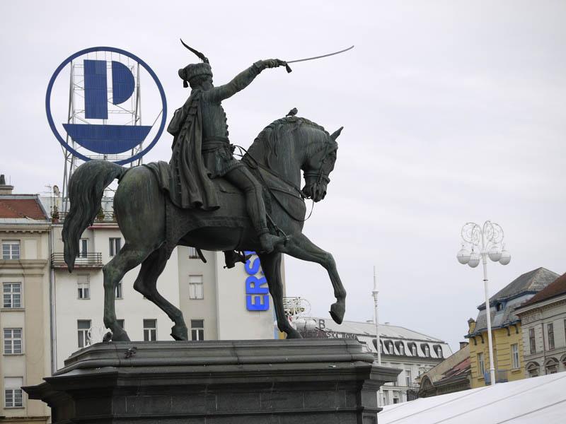 Josip Jelačić rules his square in Zagreb.